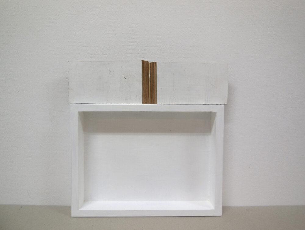 Alexandra Schewski - Schmetterling - 2018 - Objekt, Holz, Lack, Grundierung - 21 x 21 x 3 cm