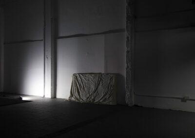 Ayelen Coccoz - Still#3 (Ausstellungsansicht) - 2014-2015 - Basrelief aus Bienenwachs, Paraffin, Pigmenten, Fiberglas, Holzrahmen - 120 x 145 x 3 cm