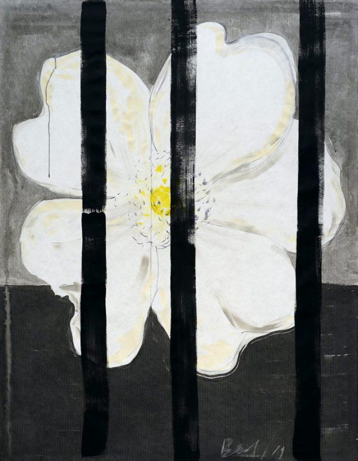 Heike Berl - WEISSE ROSE IV - 2019 - Tusche, Edding, Acryl auf Tyvek - 180 x 140 cm