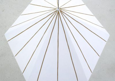 Antje Guske - LOT - 2018 - Acryl auf Hartfaser - 95 x 60 x 60 cm
