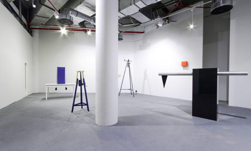 """Ulrike Mundt - Ausstellungsansicht """"Behind the Surface"""" in der Dads gallery, Liberec, CZ, 2016"""