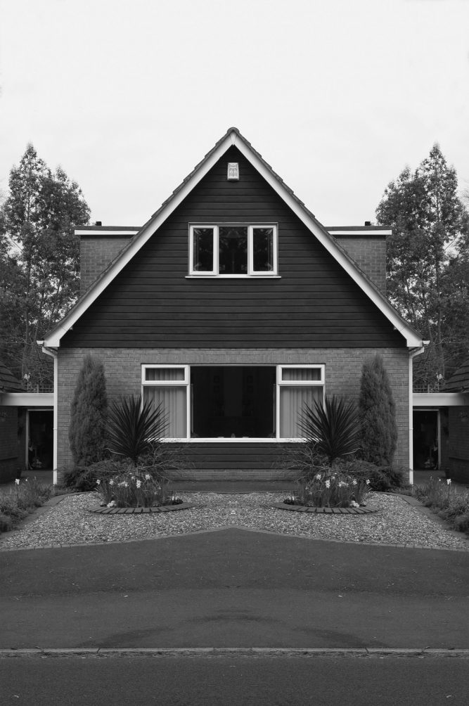 Robert Vanis - Derby House - 2010 - Pigmentdruck