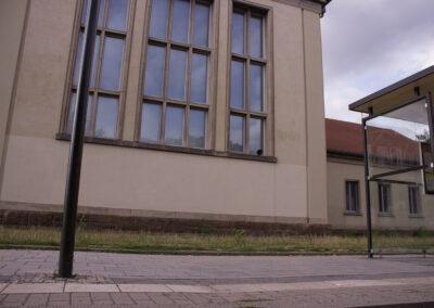Ronja Sommer – Dahinter II (in Zusammenarbeit mit Claus Schöning) – 2019 – Audioinstallation – Dresden, Pfotenhauer Straße