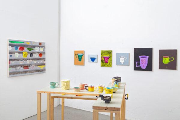 """Nicolas Dupont - Ausstellungsansicht """"Übermorgen ohne Sorgen"""" in der """"Kunsthalle.Ost"""", Leipzig, 2020"""